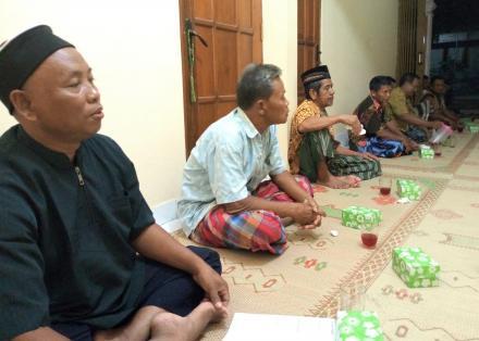 Pertemuan Rutin Warga RT 07 Dusun Kowang Pedukuhan Puton